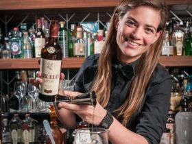 Tess Posthumus behaalt top 4 International bartender of the year